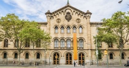 The University of Barcelona Embraces Mobile Technology to Engage with Students Remotely